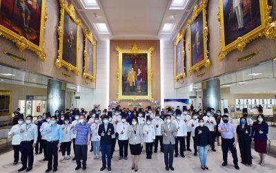 Thank you Chef Charity  เมื่อวันศุกร์ที่ 29 พฤษภาคม 2563 ณ โถงเฉลิมพระเกียรติ ชั้น 2 โรงพยาบาลรามาธิบดีจักรนฤบดินทร์